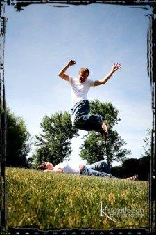 jumpingn-preggo